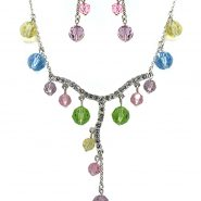 colobe necklace set