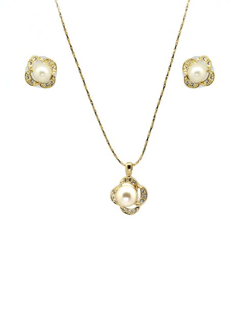 queen pearl necklace set